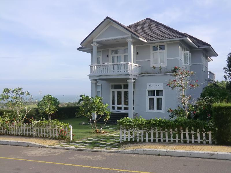 Sea Links Golf Villa Mui Ne Vietnam, holiday rental in Phu Thuy