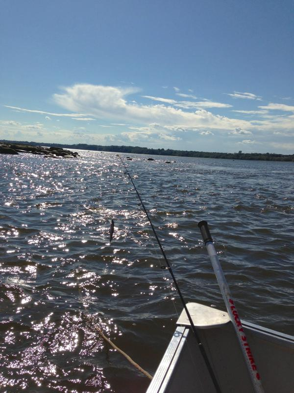 Fishing on the St-Lawrence river