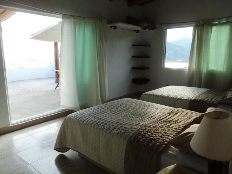 2 camas dobles