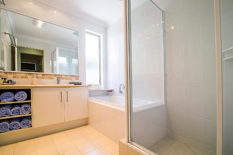 The bathroom upstairs has a separate bath (it is extra deep) and shower, and room to move! The WC is located in the adjacent powder room. Included in the tariff is a generous allowance of towels!