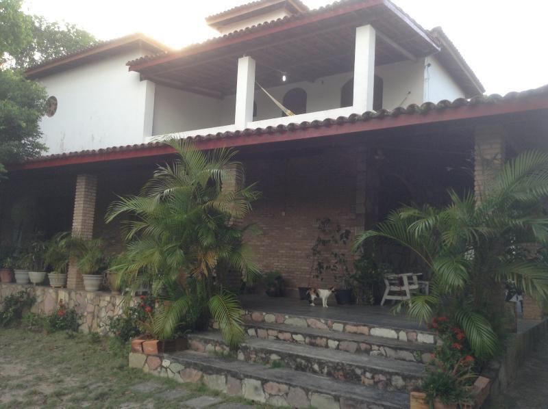 Beach house paradaise, vacation rental in Jaua