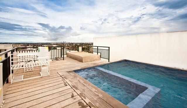 A child friendly swimming pool perfect for a family, a couple or even bachelors and bachelorettes. Fantastic 360 degree view while splurging at the pool to cool you down!