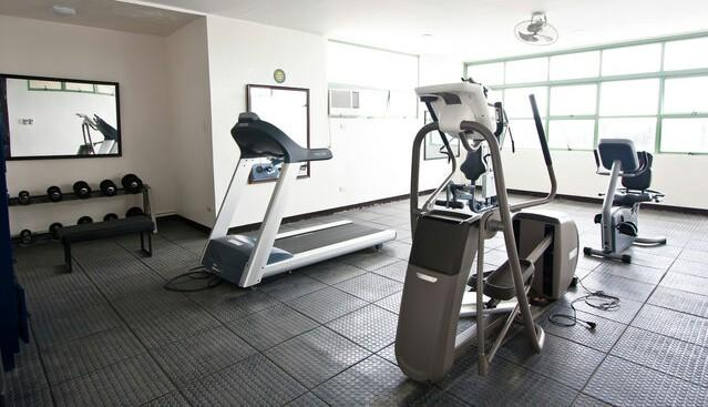 Well maintained and well equipped gym that promises to keep you looking fit