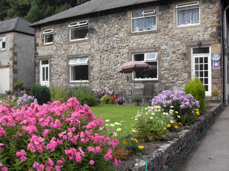 River Walk B&B in a quiet part of Bakewell but just a six minute walk to the town centre