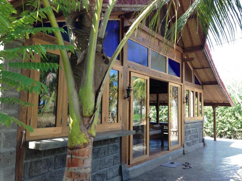 Balian Teak Villa, location de vacances à Pekutatan