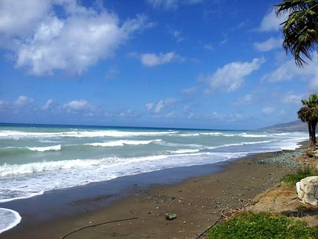 2 Bed Penthouse - Heated Jacuzzi - Sea Views, vacation rental in Limni
