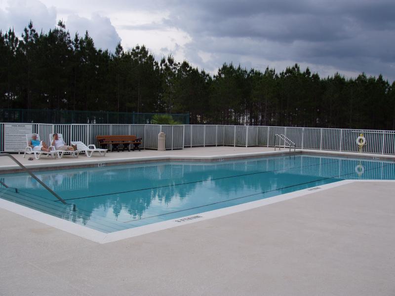 Pool at Hiladnds Reserve