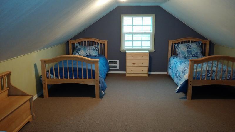 upstairs kid room