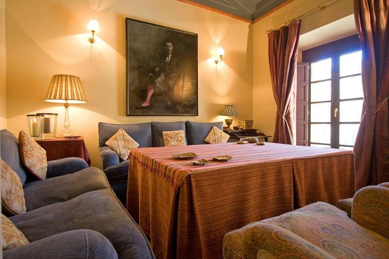 River House Seville Old Town Luxury and Comfort, vacation rental in Seville