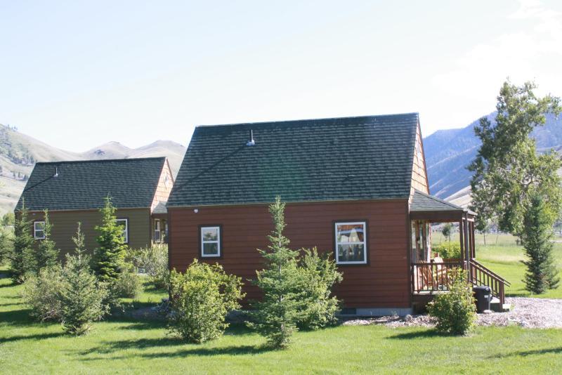 Lemhi Shoshone Cabin