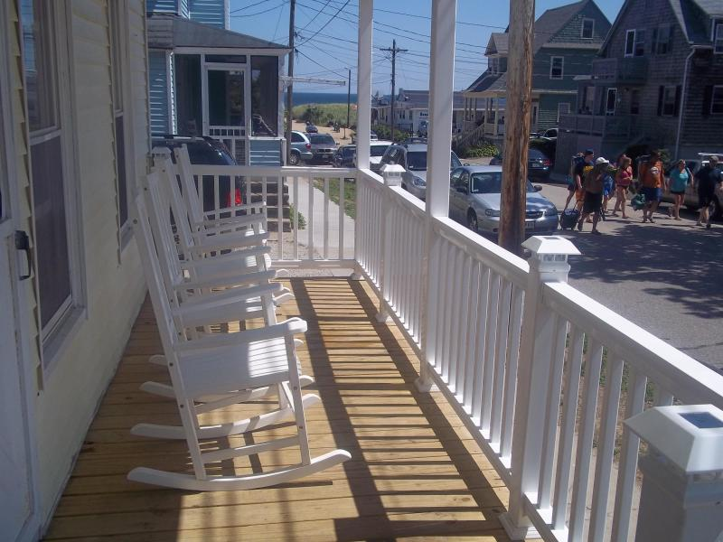 Great Location - Waterview Apartment, holiday rental in Old Orchard Beach