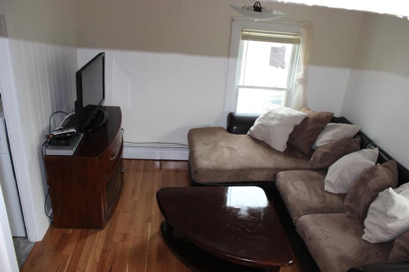 Living room - (view 2)