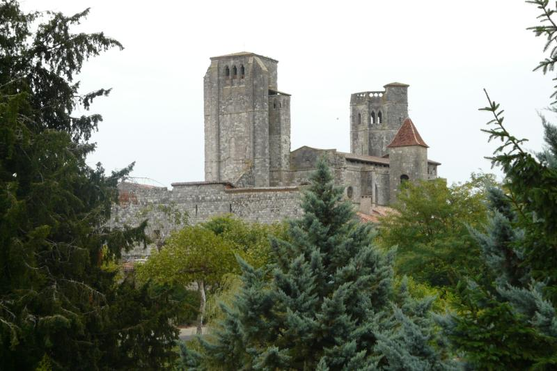 Pueblo de la Romieu (cerca de Nerac)