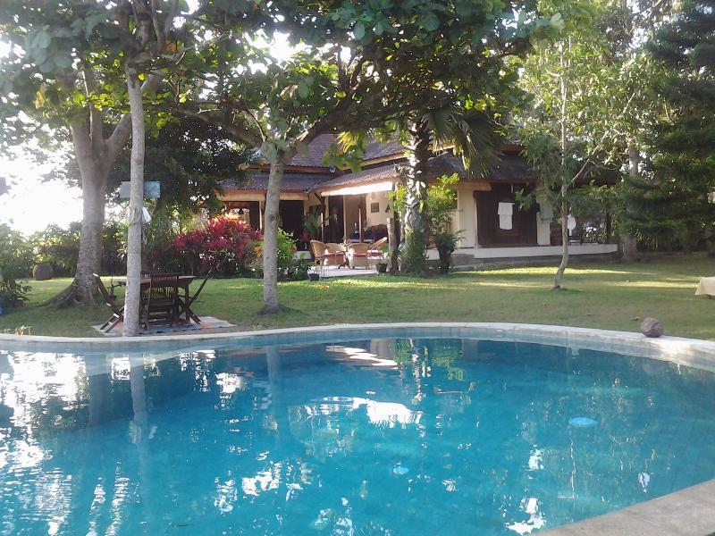 La casa con vista sulla piscina