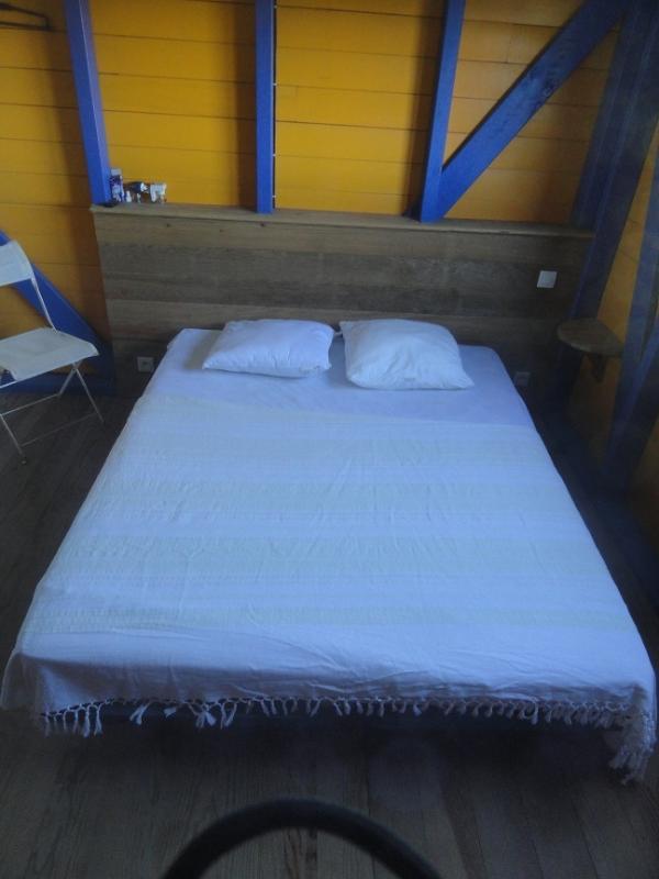 Chambre couchage 160 étage ti-Kaz