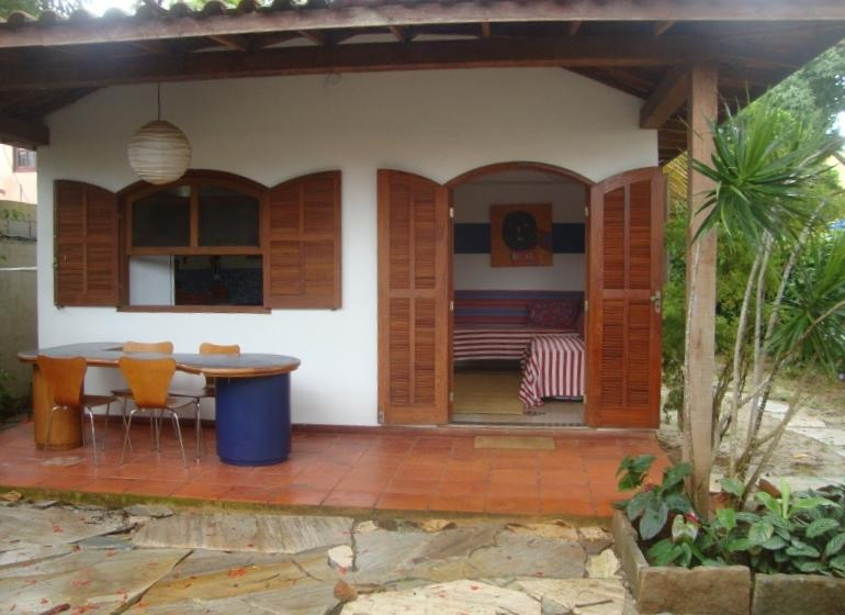 house in the hart of Buzios 2 mim rua das pedras and beach., alquiler de vacaciones en Saquarema