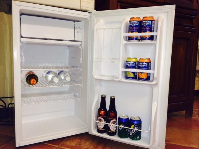 Compact fridge
