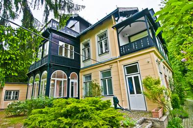 Villa Marie - Penthouse in the Vienna Forest, holiday rental in Brand-Laaben