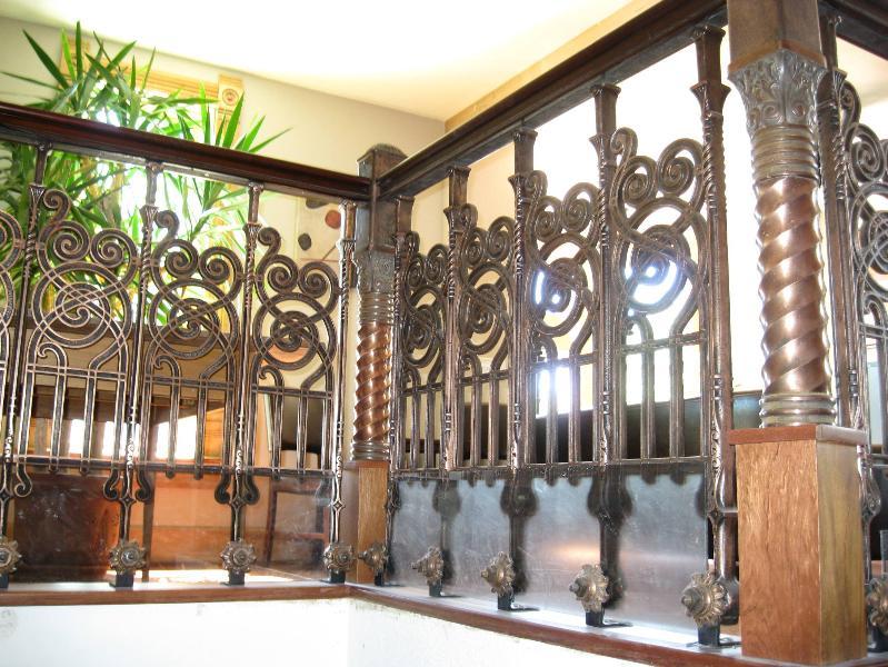 Barandilla de escalera antiguo