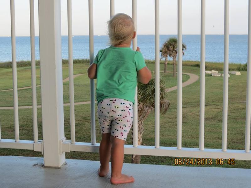 Large kid-friendly Balcony