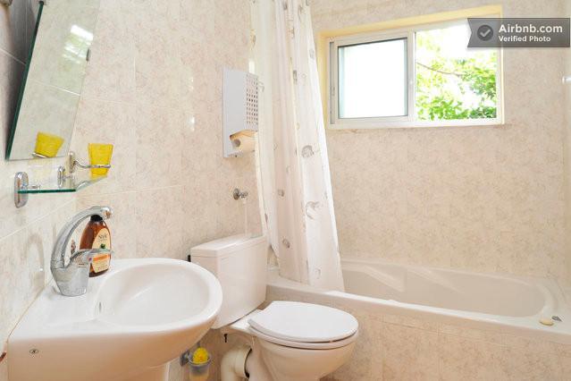 bathroom+jacozi