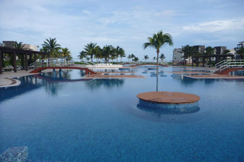 Welcome to the most amazing private condominium property in the Riviera Maya