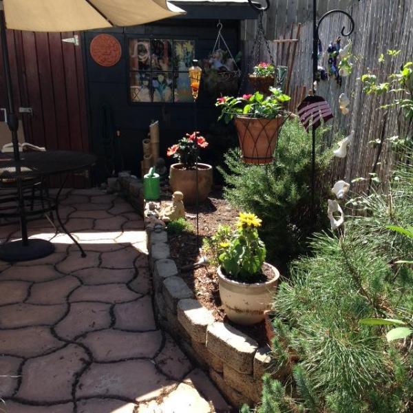 Garden district of new orleans has outdoor dining area and - Garden district new orleans restaurants ...