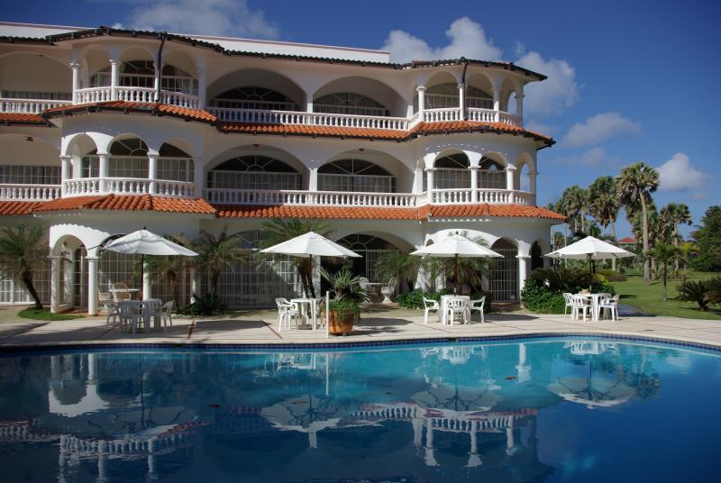 Disfrute de # 1 Hideaway Beach Resort