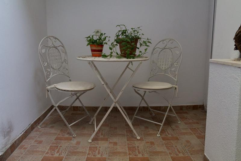 Toniko 3 star studio apartment, holiday rental in Strigova