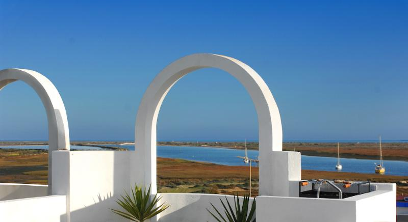 private roof terrace with superb sea view equip with all amenities for B.B.Q. and sun bathing.