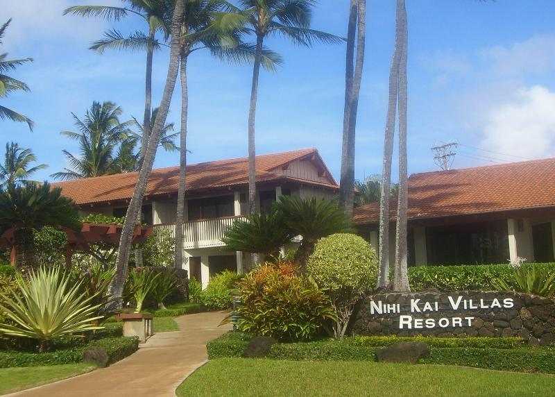 Luxury Poipu Beach Condo, holiday rental in Poipu
