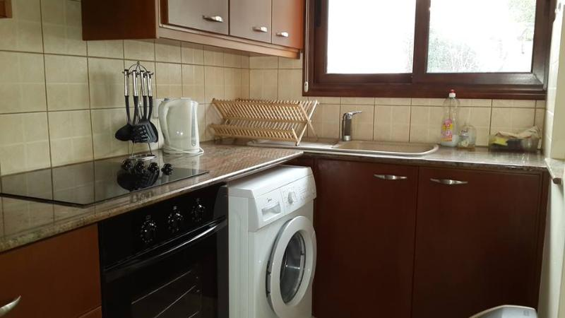 Oven, kettle and a washing machine.
