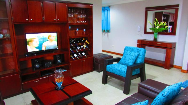 The Best Condo For Rent, vacation rental in Cuenca