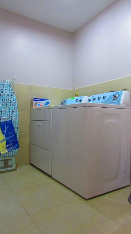 Complete laundry