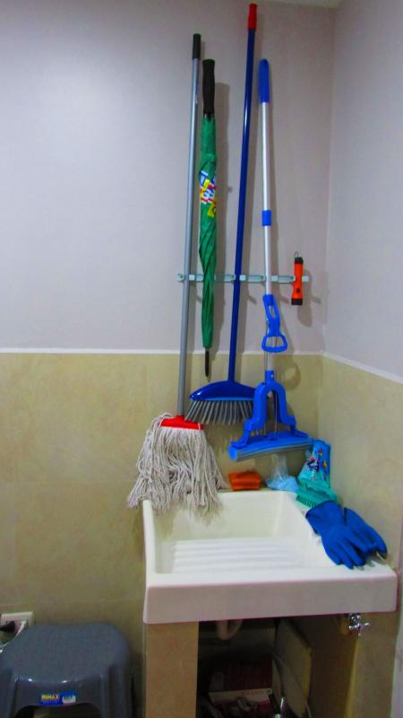 cleaning implements