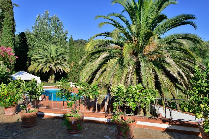 Countryside Villa close to the beach, casa vacanza a Valdicastello Carducci