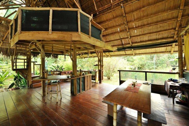 Bamboo Jungle Beach House, aluguéis de temporada em Puerto Jimenes