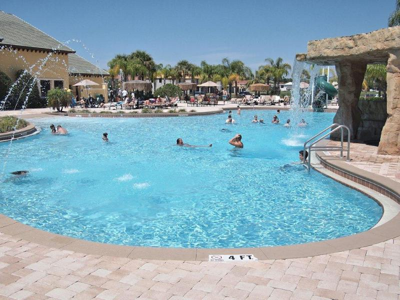 Paradise Palms Resort and Community Pool