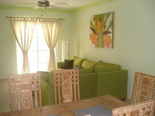 Palm Suites E-1 Stylish & Charming Condo Near the Beach, vacation rental in Punta Cana