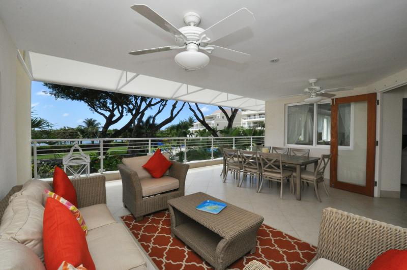 Palm Beach 204, vacation rental in Bridgetown