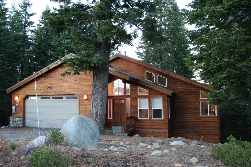 Skislope House -- the perfect place for your Tahoe getaway