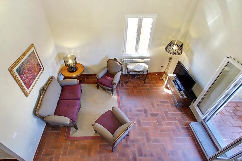 Living from the upper living room