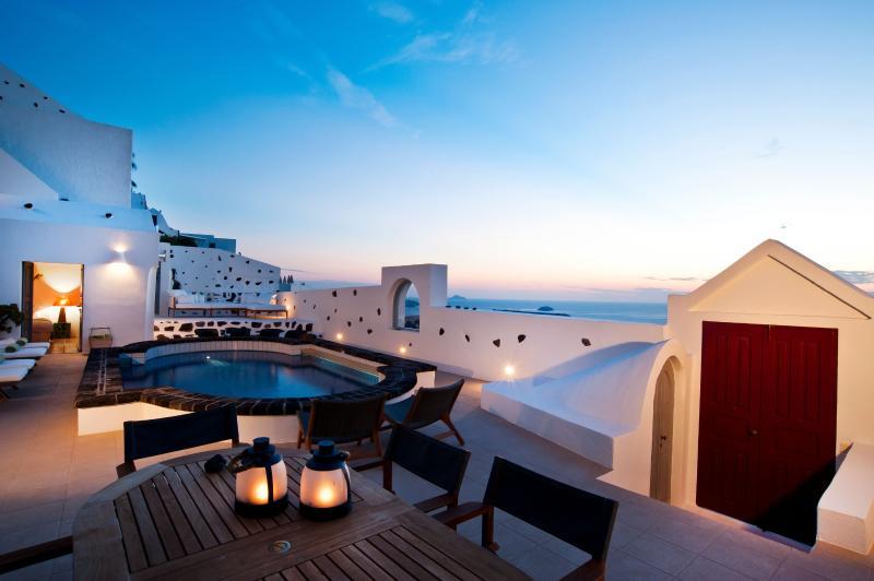 ANTELMI VILLA CALDERA FIROSTEFANI, aluguéis de temporada em Santorini