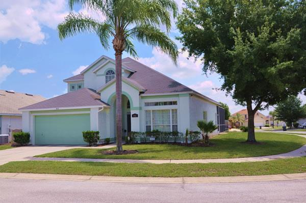Disney Palms 5 Bedroom Vacation Home with Private Pool and Spa near Disney World