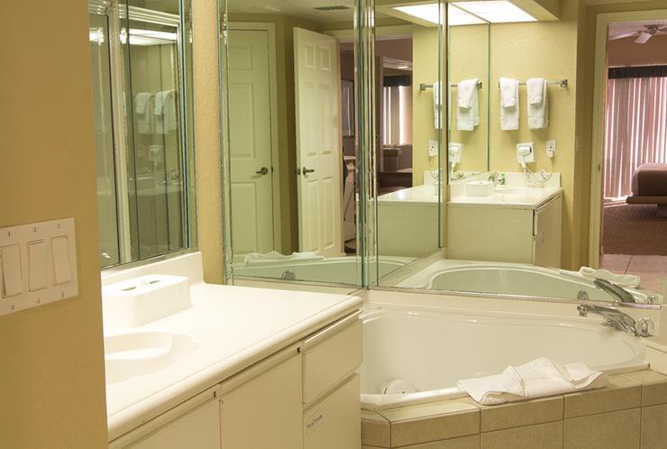 Studio Villa's Bath