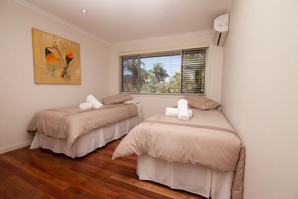 King Single bedroom available.
