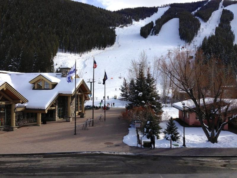 Ski/Bike Out the Front Door! 2 BR, 2 BA w/AC, vacation rental in Ketchum