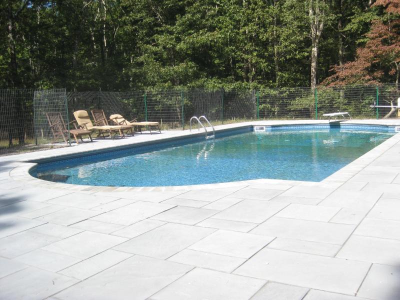 Pool in mid-day sun!