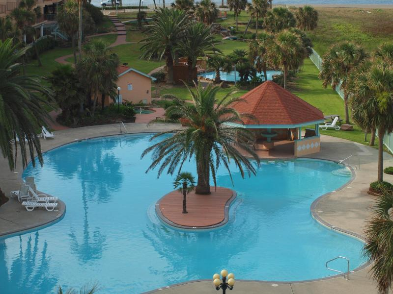 One of the 3 Pools at Maravilla - considered the largest on Galveston island