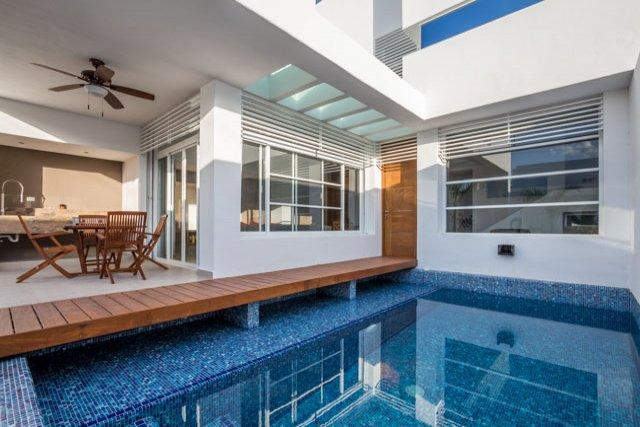 Casa Cielito—Brand New, Modern Design, Pool, Roof Deck, vacation rental in Cozumel